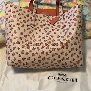 Coach highline Floral tote